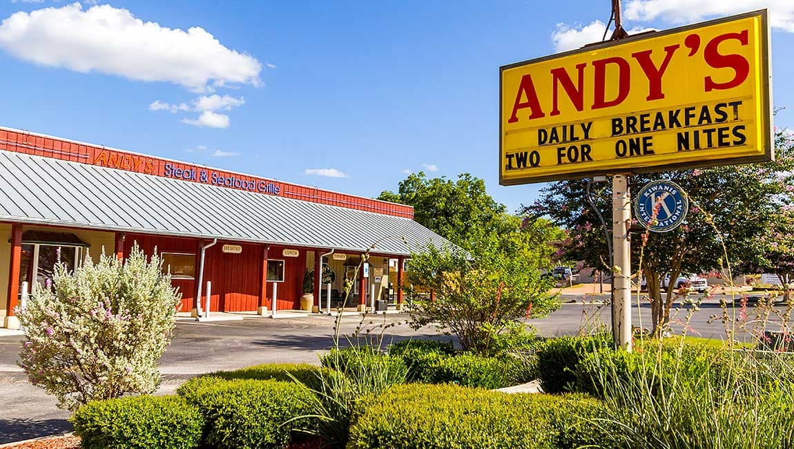 HOME-Andy's-Restaurant-01